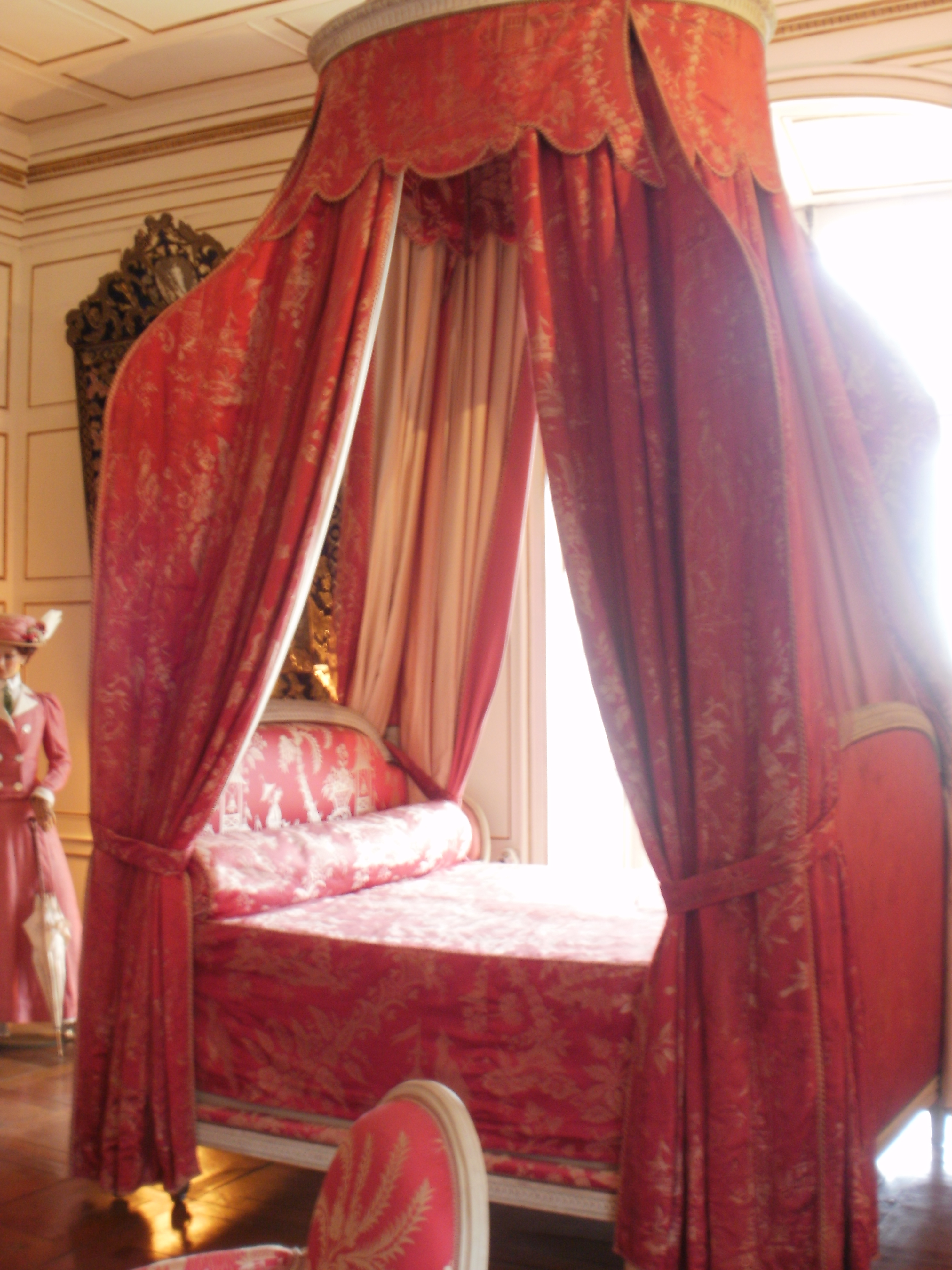 Ussé, le Château de la Belle au Bois Dormant  Feminelles ~ La Belle Au Bois Dormant De Perrault