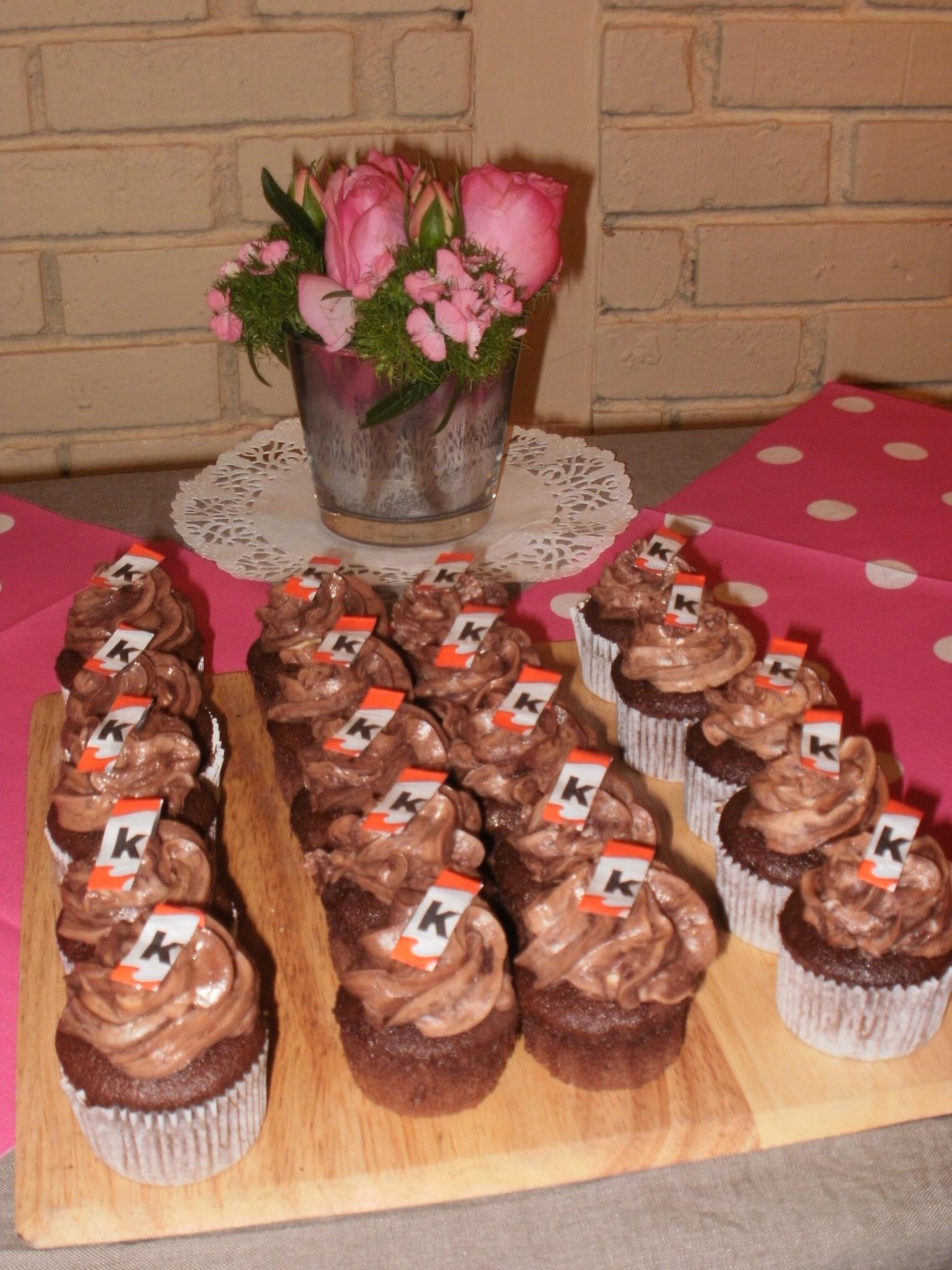 pin pin recettes des cupcakes au chocolat la noix de. Black Bedroom Furniture Sets. Home Design Ideas