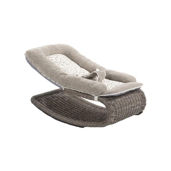 nomaya l 39 univers du b b moderne femin 39 elles. Black Bedroom Furniture Sets. Home Design Ideas